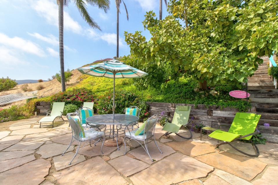 Ocean Sunsets Suite + Malibu Beachcomber Bungalow - Malibu Vacation Rental - Photo 36