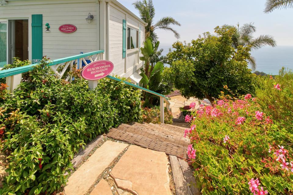 Ocean Sunsets Suite + Malibu Beachcomber Bungalow - Malibu Vacation Rental - Photo 37