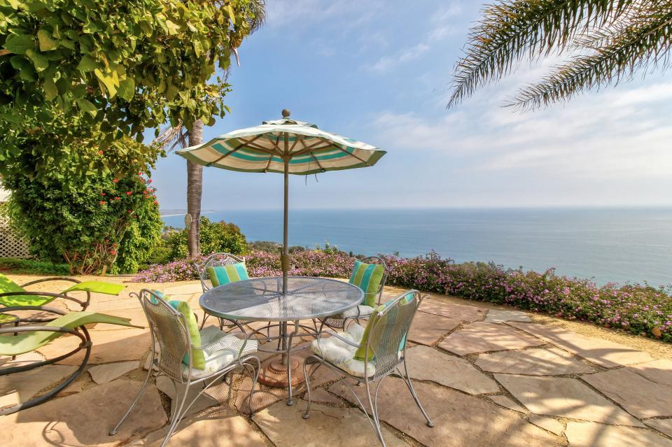 Ocean Sunsets Suite + Malibu Beachcomber Bungalow - Malibu Vacation Rental - Photo 41