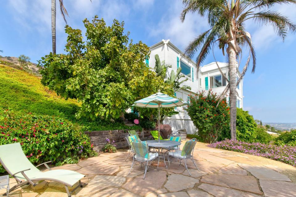 Ocean Sunsets Suite + Malibu Beachcomber Bungalow - Malibu Vacation Rental - Photo 47