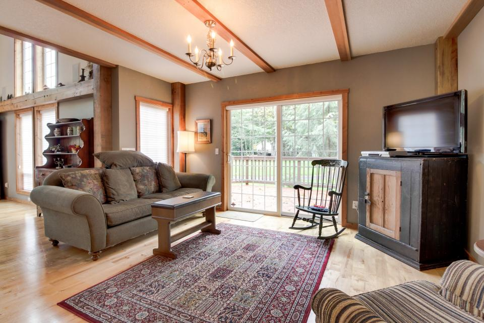 The Lodge at Welches - Welches Vacation Rental - Photo 8