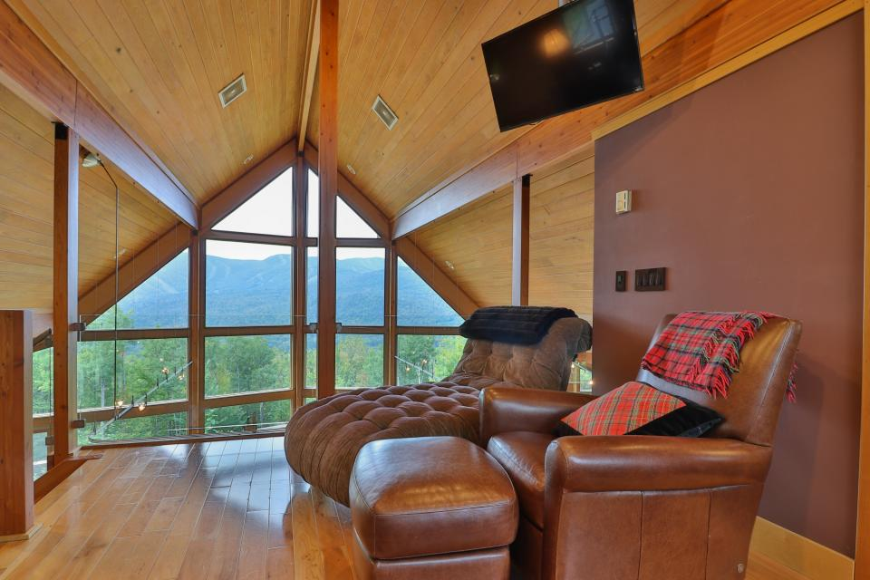 The Ridge House at Powder Ridge - Newry Vacation Rental - Photo 7