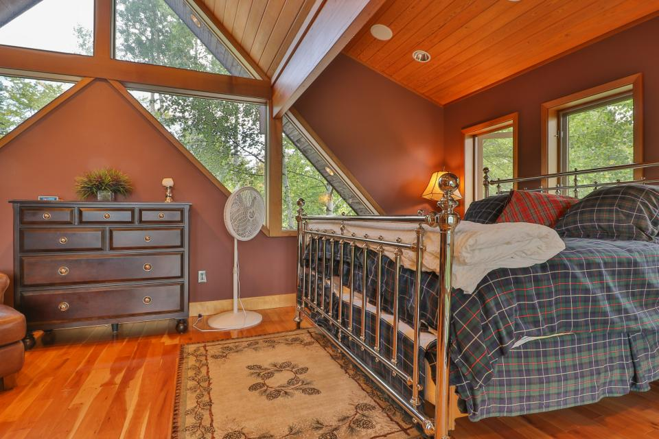 The Ridge House at Powder Ridge - Newry Vacation Rental - Photo 8