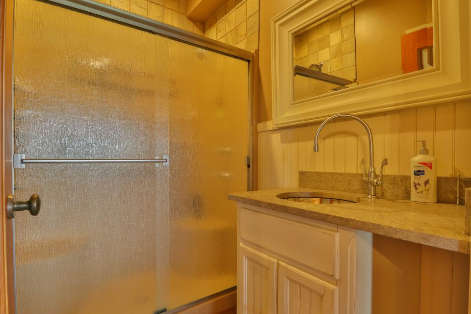 The Ridge House at Powder Ridge - Newry Vacation Rental - Photo 14