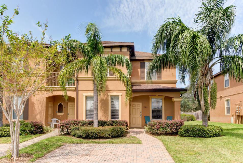 302 Calabria Villa - Davenport - Take a Virtual Tour