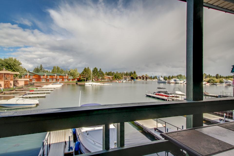 The Keys R&R - South Lake Tahoe Vacation Rental - Photo 16