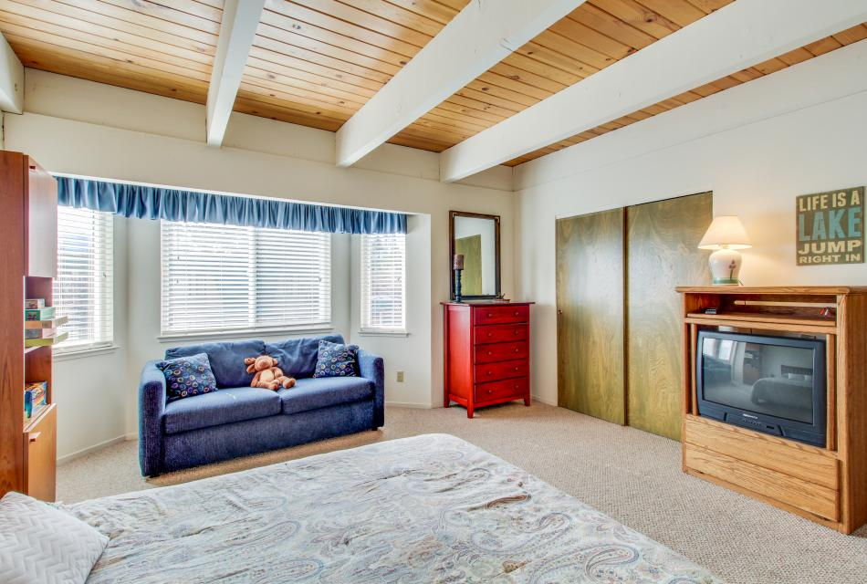 The Keys R&R - South Lake Tahoe Vacation Rental - Photo 19