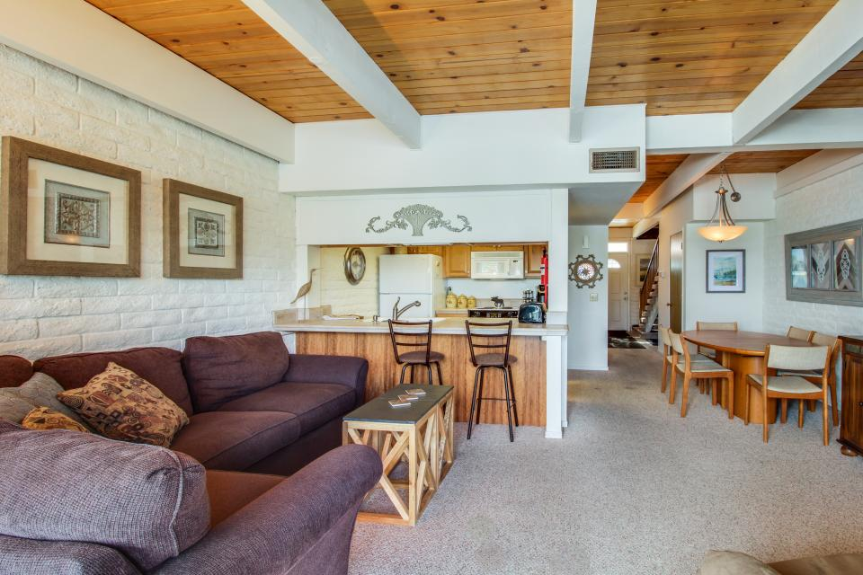 The Keys R&R - South Lake Tahoe Vacation Rental - Photo 5