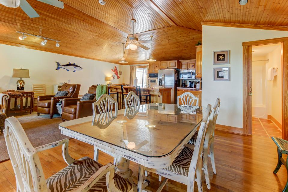 Point of View - Destin Vacation Rental - Photo 9