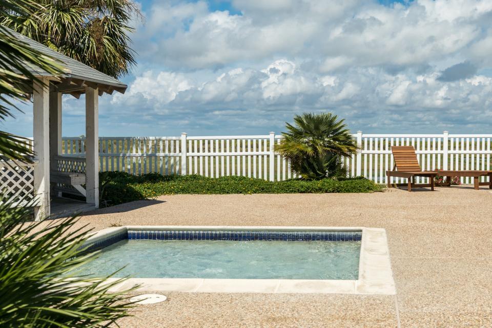 Family Tides - Galveston Vacation Rental - Photo 2
