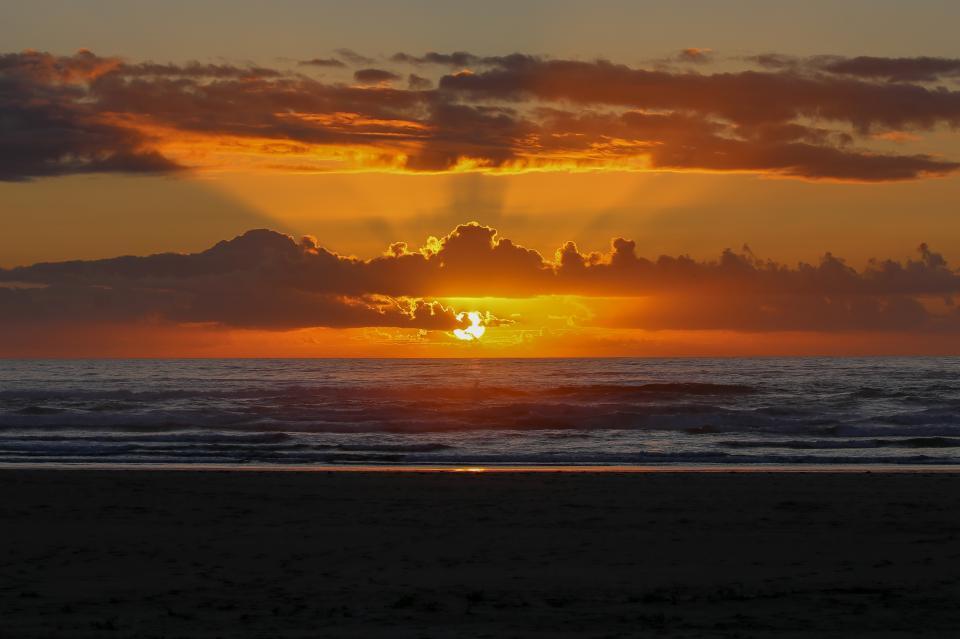 Ocean Rogue Inn Unit 8 - Rockaway Beach Vacation Rental - Photo 7