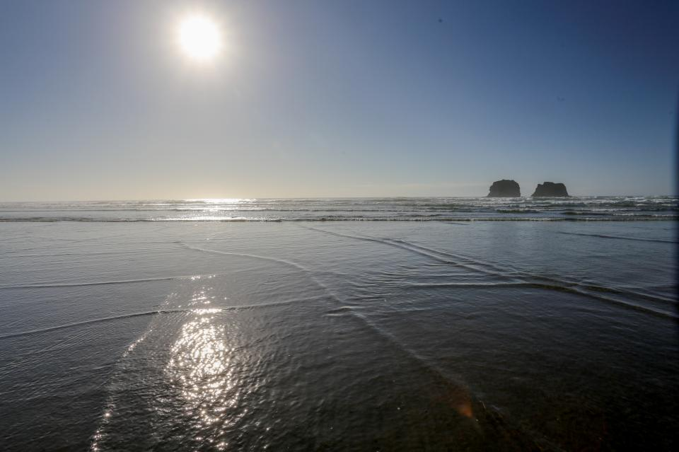Ocean Rogue Inn Unit 8 - Rockaway Beach Vacation Rental - Photo 28