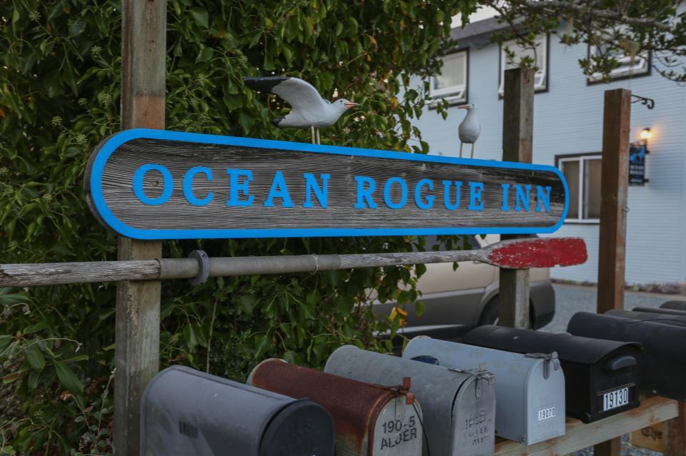 Ocean Rogue Inn Unit A - Rockaway Beach Vacation Rental - Photo 27