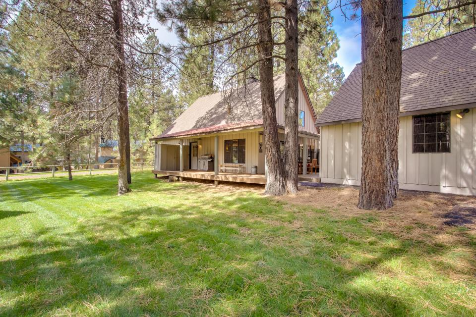 30 Circle Four Cabin 3 Bd Vacation Rental In Sunriver
