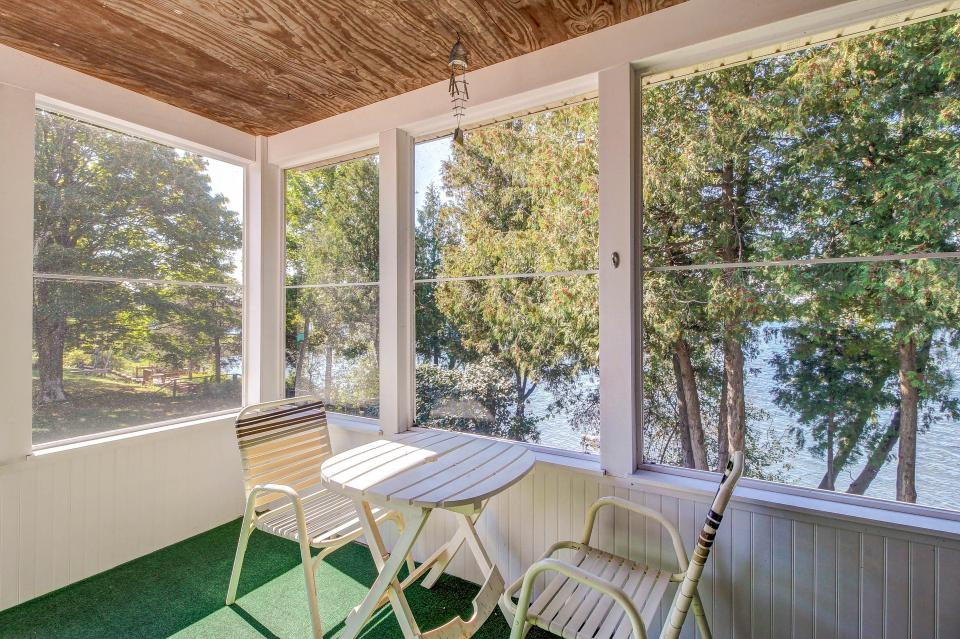 Cozy Cottage - South Hero Vacation Rental - Photo 19