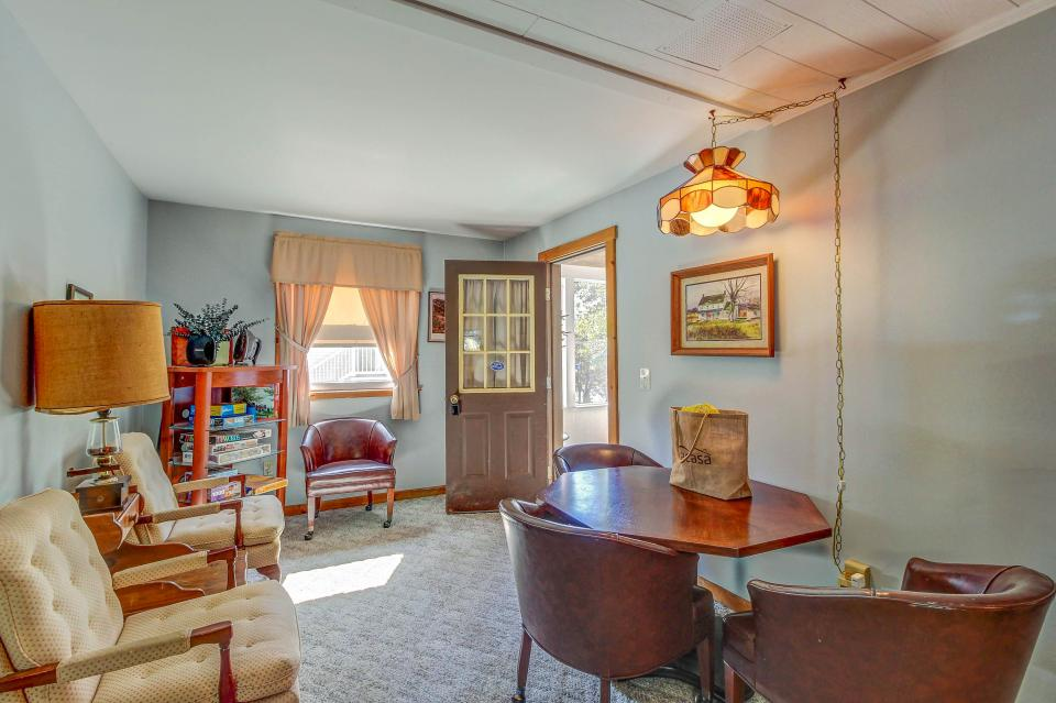 Cozy Cottage - South Hero Vacation Rental - Photo 11