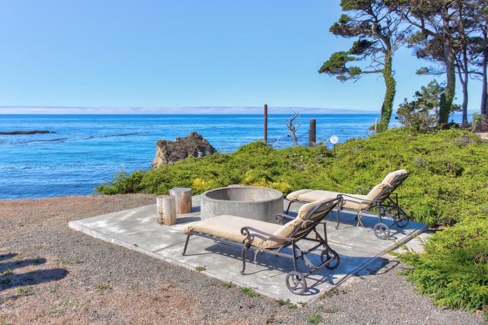 Le Faux - Fort Bragg Vacation Rental - Photo 28