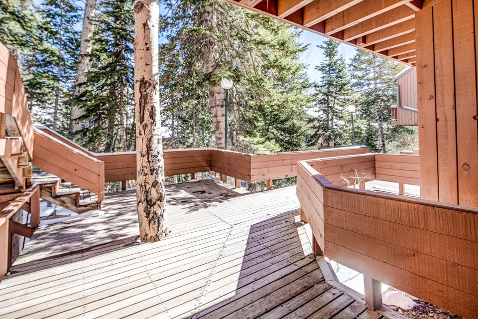 Eagles nest 1 bd vacation rental in brian head ut vacasa for Cabin rentals vicino a brian head utah