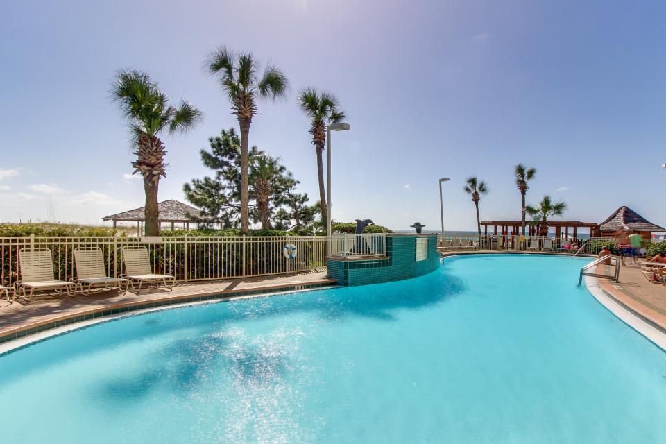 Destin Beach Escape - Destin Vacation Rental - Photo 3