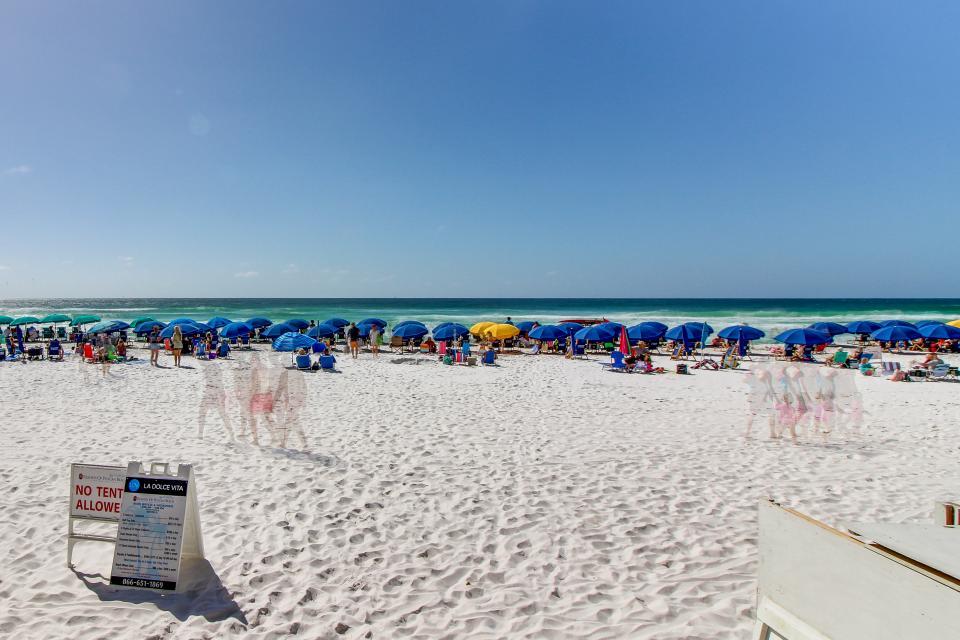 Destin Beach Escape - Destin Vacation Rental - Photo 25