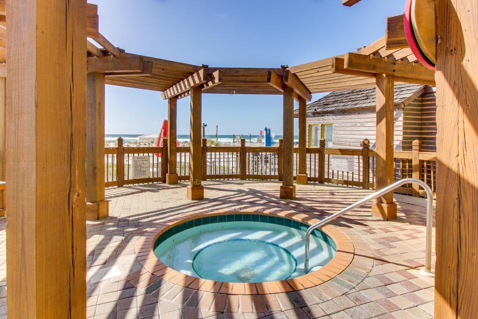 Destin Beach Escape - Destin Vacation Rental - Photo 2