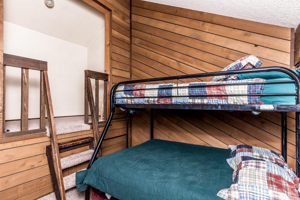 Moose Hideaway - Brian Head Vacation Rental - Photo 13