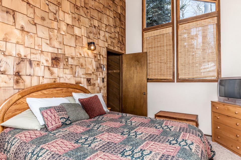 Moose Hideaway - Brian Head Vacation Rental - Photo 15