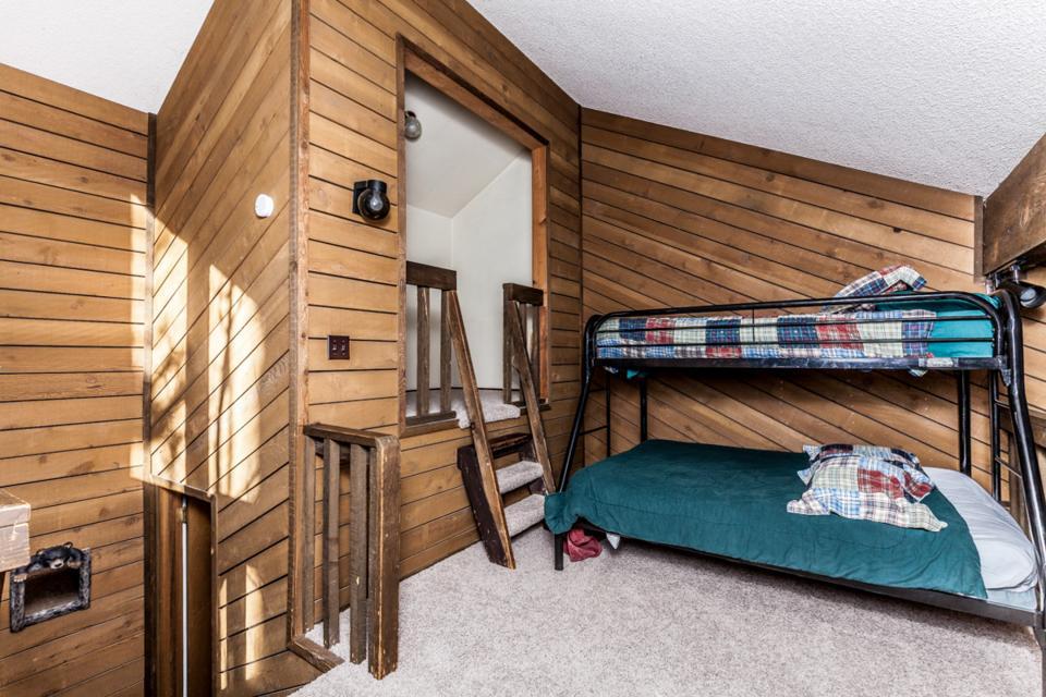 Moose Hideaway - Brian Head Vacation Rental - Photo 14