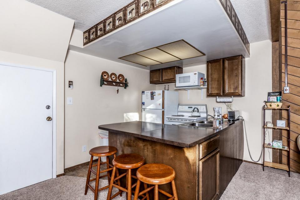 Moose Hideaway - Brian Head Vacation Rental - Photo 10