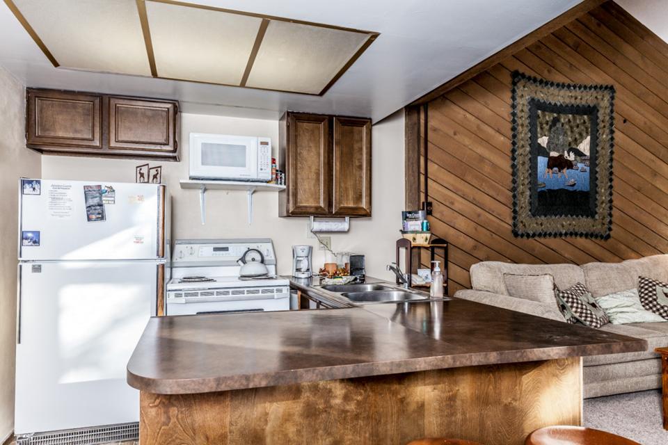 Moose Hideaway - Brian Head Vacation Rental - Photo 9