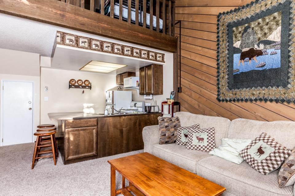 Moose Hideaway - Brian Head Vacation Rental - Photo 8
