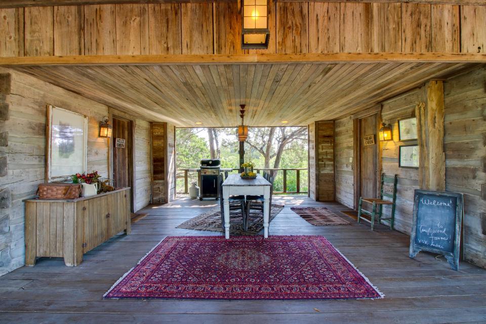 Tanglewood Farms-Full Property - Fredericksburg Vacation Rental - Photo 2