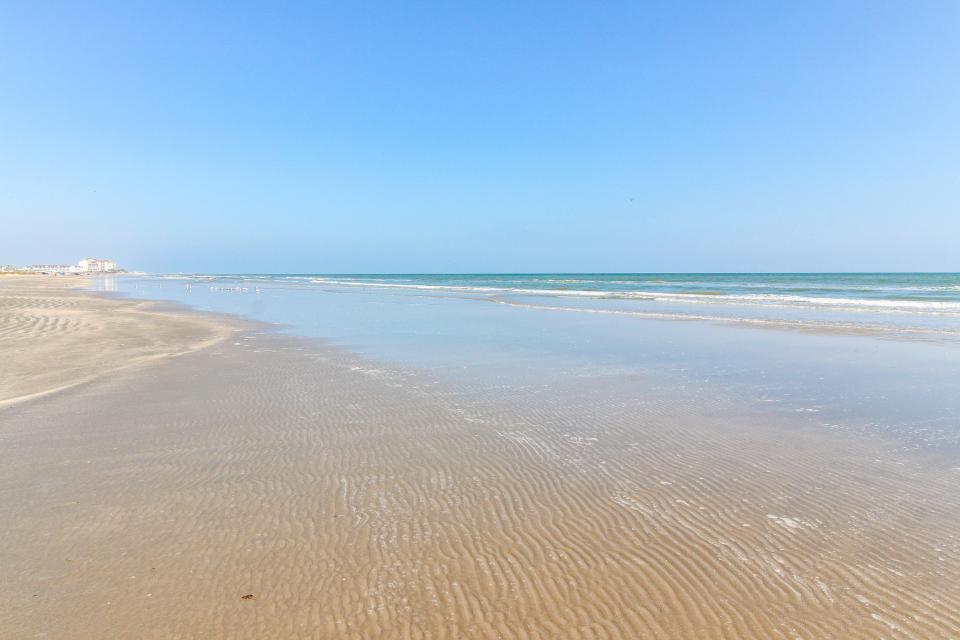 Aqua Vista - Galveston Vacation Rental - Photo 3