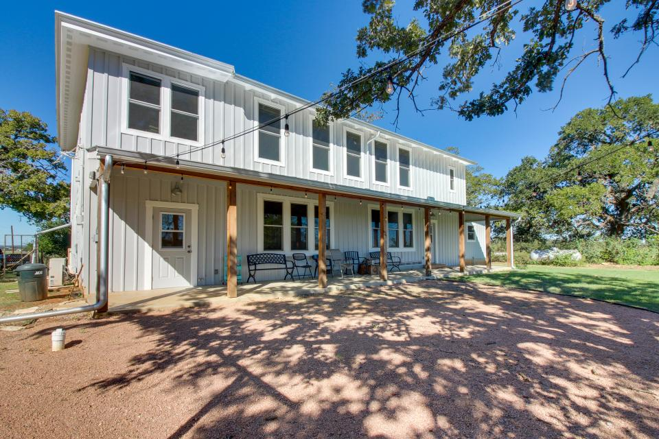 White Dairy Guesthouse - Fredericksburg Vacation Rental - Photo 30