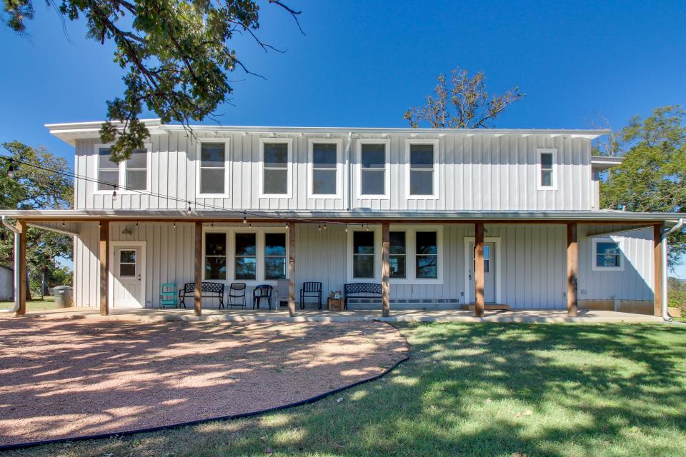 White Dairy Guesthouse - Fredericksburg Vacation Rental - Photo 31
