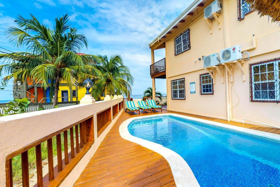placencia belize vacation rentals mirasol beach apartments