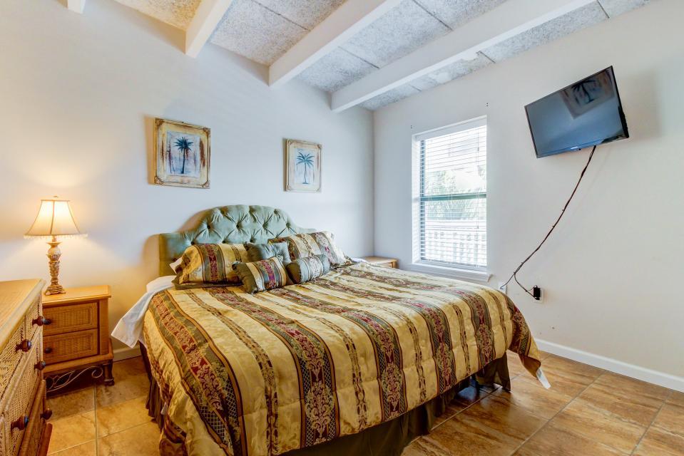 Ronay Bayside Residence #10 - Fort Walton Beach Vacation Rental - Photo 15