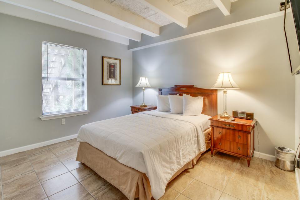 Ronay Bayside Residence #1 - Fort Walton Beach Vacation Rental - Photo 14