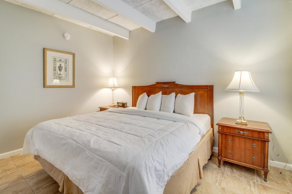 Ronay Bayside Residence #1 - Fort Walton Beach Vacation Rental - Photo 11
