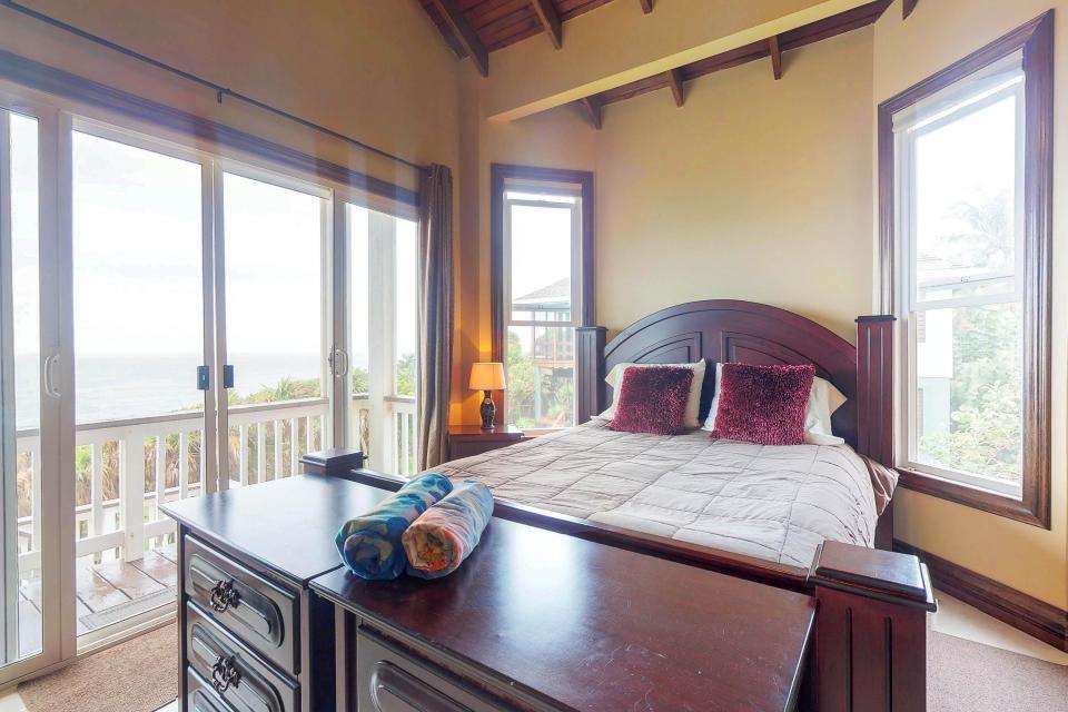 Villa Hermosa Vista - West Bay Vacation Rental - Photo 15