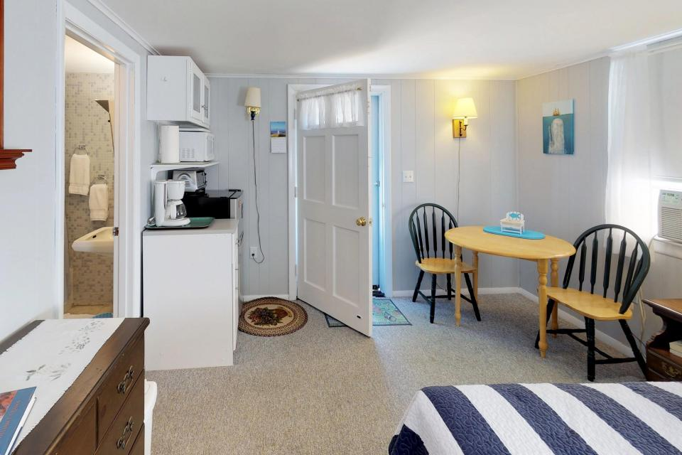 SeaWind Guest Studio - Orleans Vacation Rental - Photo 5
