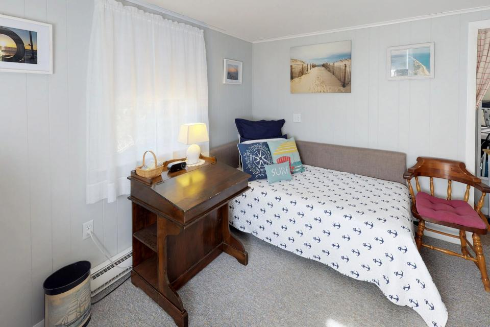 SeaWind Guest Studio - Orleans Vacation Rental - Photo 10