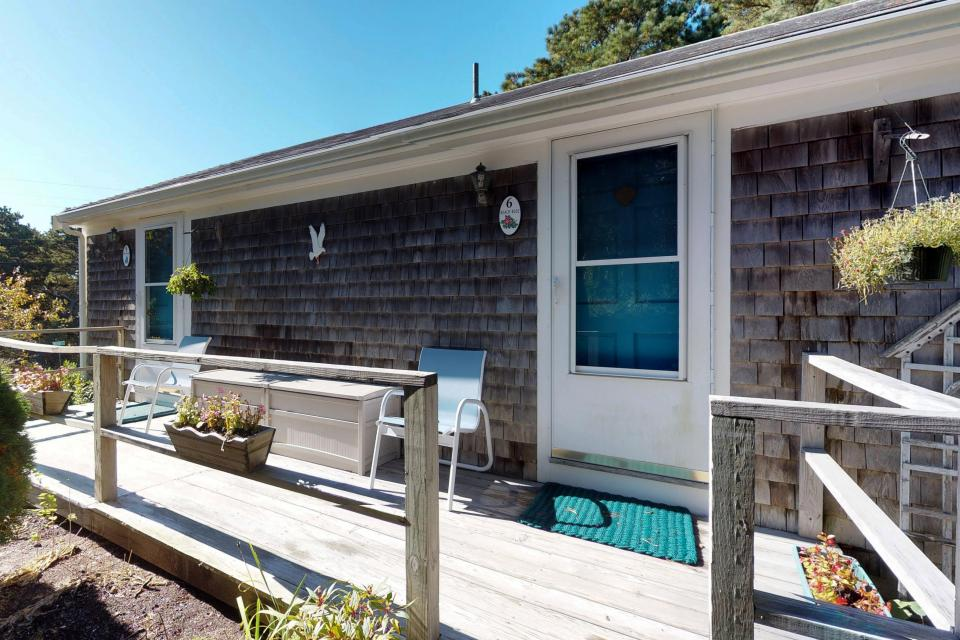 Beach Rose Guest Studio - Orleans Vacation Rental - Photo 22