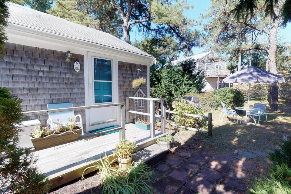 Beach Rose Guest Studio - Orleans Vacation Rental - Photo 18