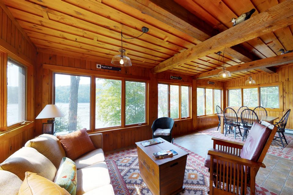 Songo Pond Cabin - Bethel Vacation Rental - Photo 6