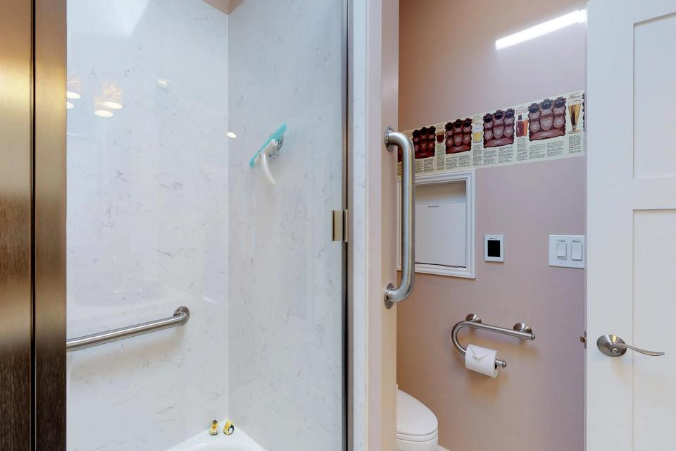 Brewmaster's Cottage - Portland Vacation Rental - Photo 25