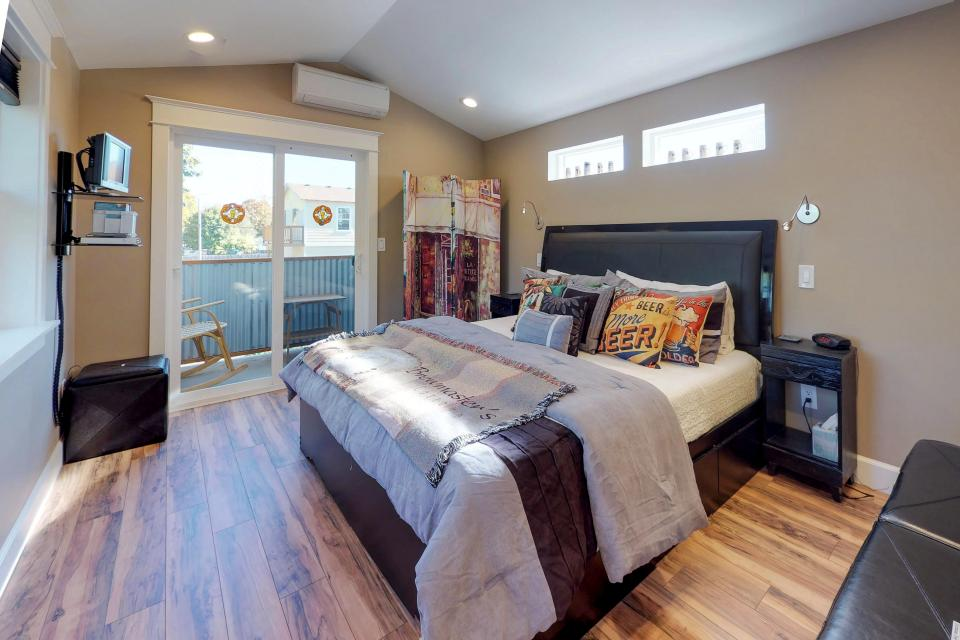 Brewmaster's Cottage - Portland Vacation Rental - Photo 16