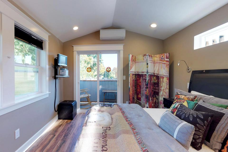Brewmaster's Cottage - Portland Vacation Rental - Photo 17