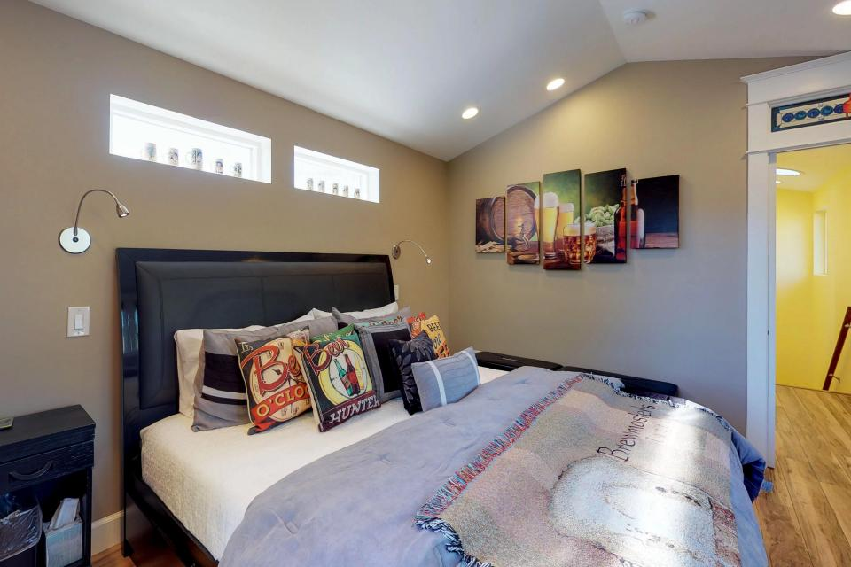Brewmaster's Cottage - Portland Vacation Rental - Photo 18