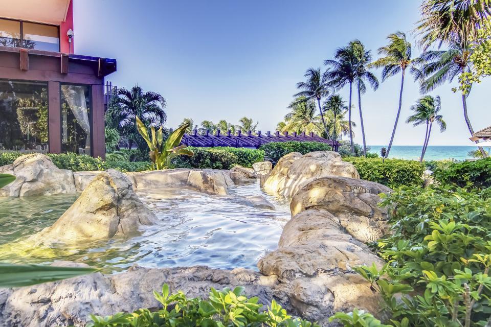 Millionaire's Row - Miami Beach Vacation Rental - Photo 24